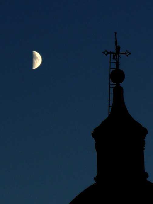 Dubrovnik by moonlight.