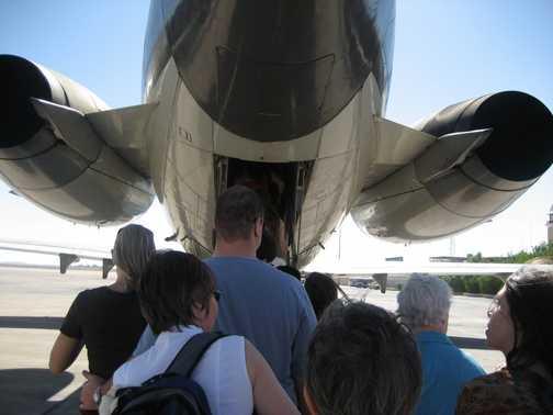 The plane to Abu Simbel