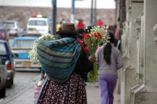Cusco market trader