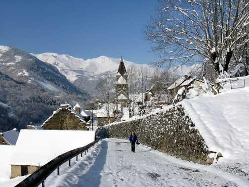 Start of Tuesday walk from Saint Aventin