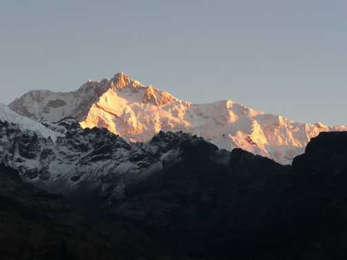 Dawn at the viewpoint above Dzongri Campsite minus 3 degrees!