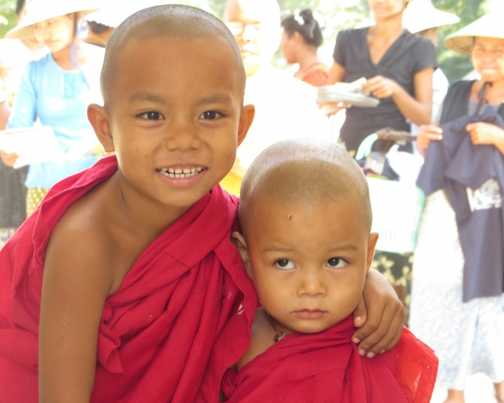 Very young novice monks