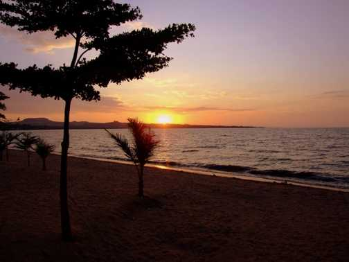 Sunset Lake Victoria