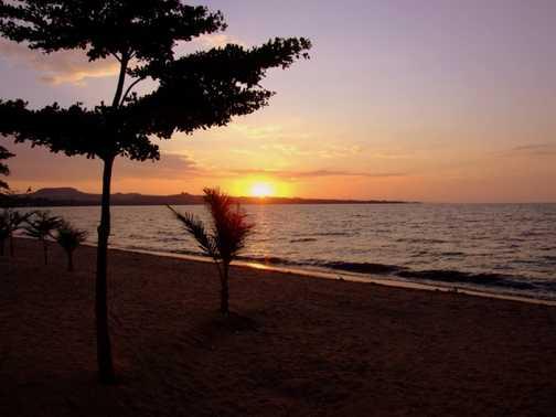 Sunset Lake Victoria