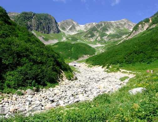 The Yarisawa Valley en-route to Mt Yarigatake