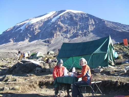 breakfast at karanga 4000m