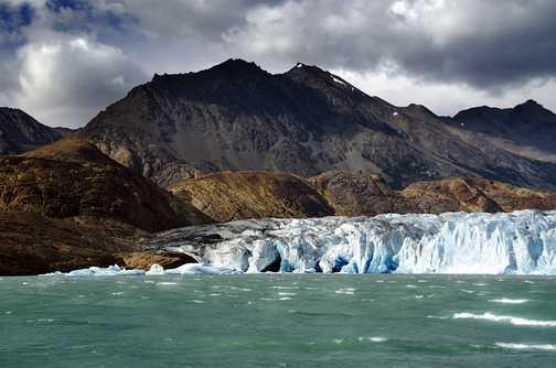 Approaching Viedma Glacier