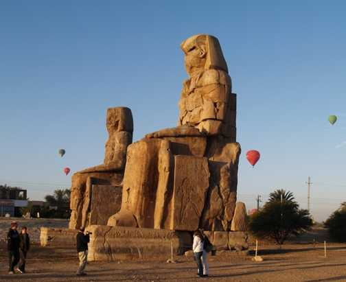 Ramses II, Luxor Temple
