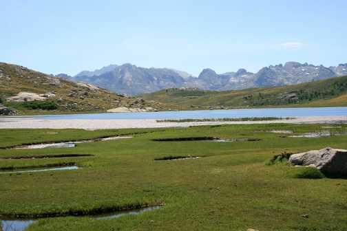 Lac de Nino and the pozzines