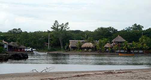Suyapa beach