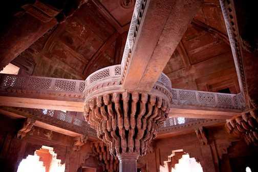 The women of Fatehpur Sikri