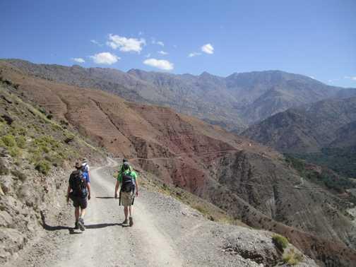 Walking through the Azaden Valley