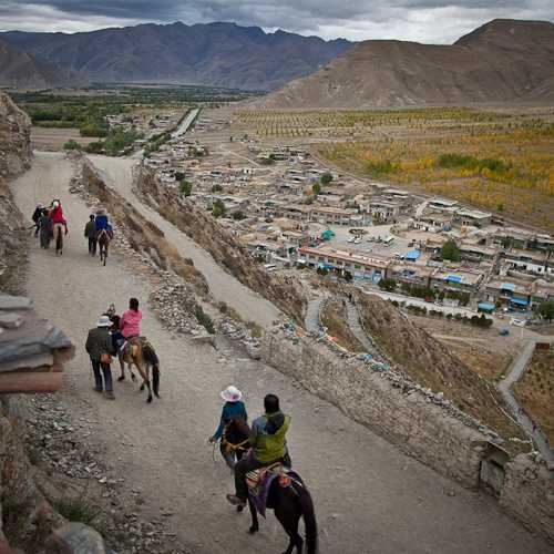 Extensive views of Tsedang
