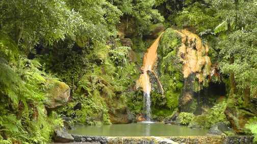 Azealias around Sete Cidades crater