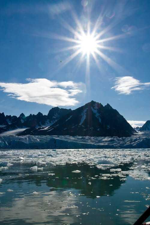 Full Sun Over Spitsbergen