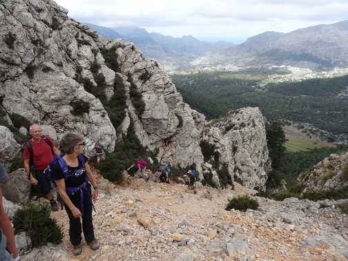 Day 6: climbing up to Tomir