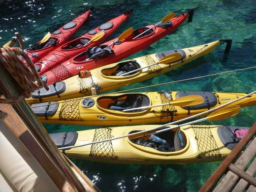 kayaks waiting