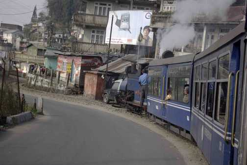 Darjeeling Train Takes the Strain