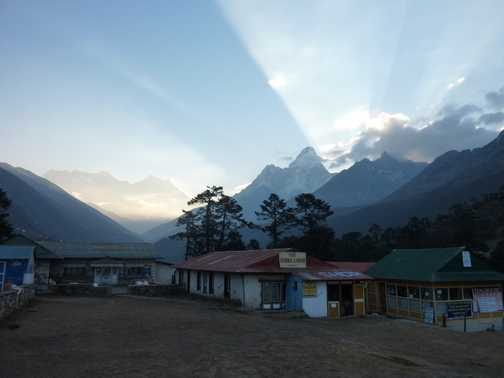 Sunrise from Tengboche again