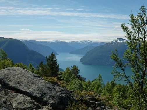 The view over Molden Peak