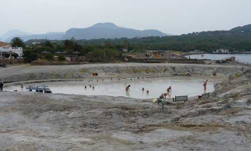 Vulcano's mud bath