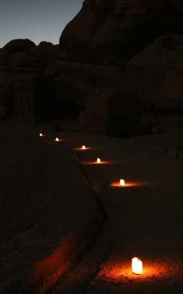 Candlelit walk to Petra-by-night