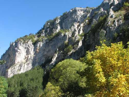 Autumn in Trigrad Gorge_2