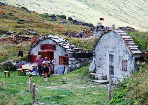 """Hobbit Holes in the Alps"""""""