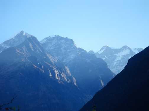 4/4 view of Mera Peak from Kote - Mera is middle of right peaks