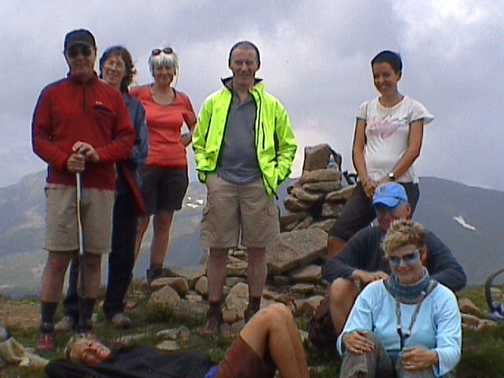 Group summit highest summit in Tuscany at 6000ft