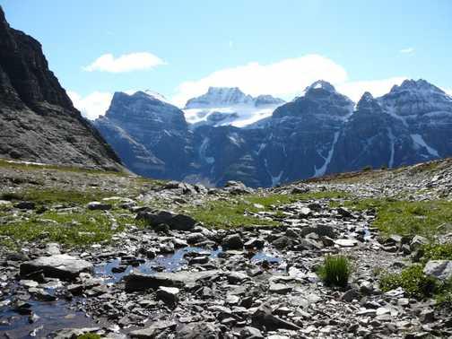 Valley of 10 Peaks