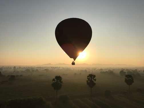 Hot air ballons over Bagan