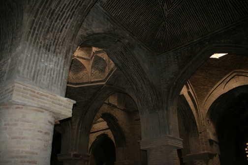 Esfahan - Jame mosque arcade