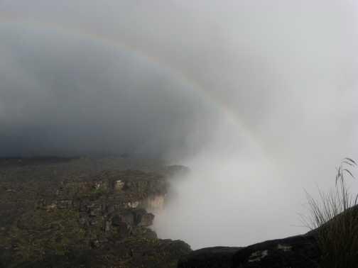 Rainbow over the cliff edge of Roraima