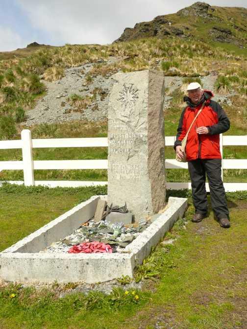 CRPK at Shackleton's grave