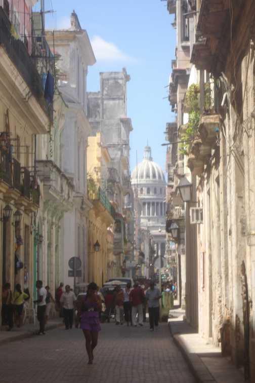 El Capitolio Nacional in Habana Vieja.