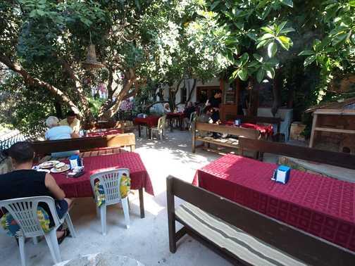 Breakfast dining area Hotel Oreo
