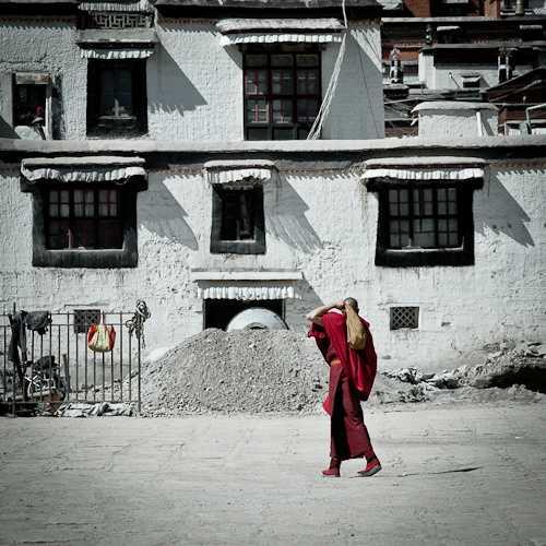 Tibetan local in Lhatse