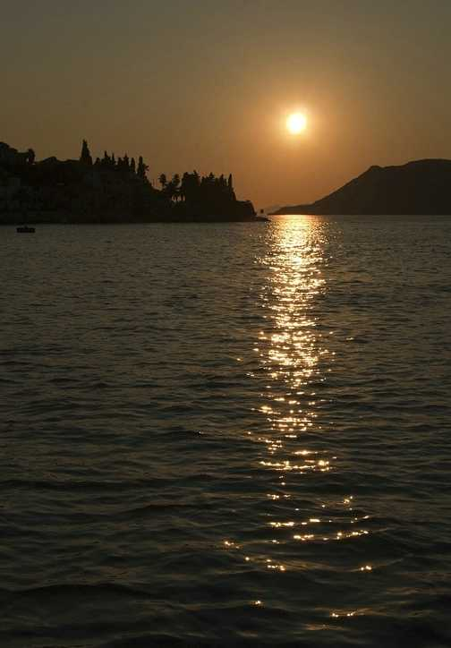 Our arrival in Korcula coincided with the sunset