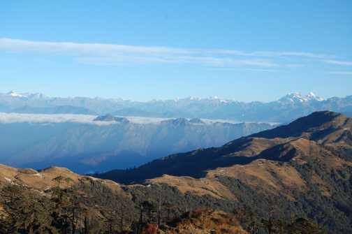 Singalila Ridge, leading to Phalu, Himalayas behind