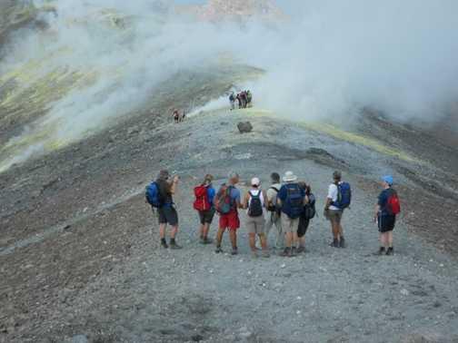 Approaching the fumaroles