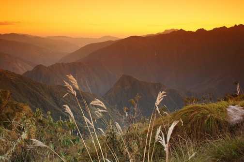 Sunrise at Phuyupatamarca