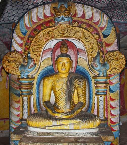 Monk statues at cave temple Dambulla