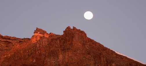 Moon over Kili