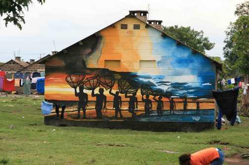 house painting Kenyan style