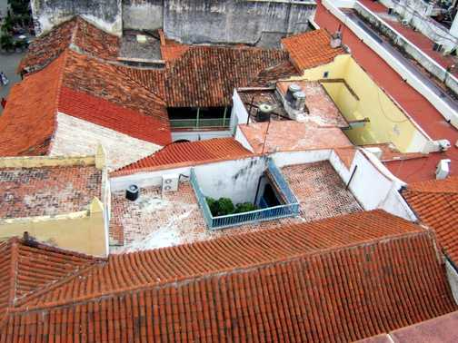 Havana red tiled roofs