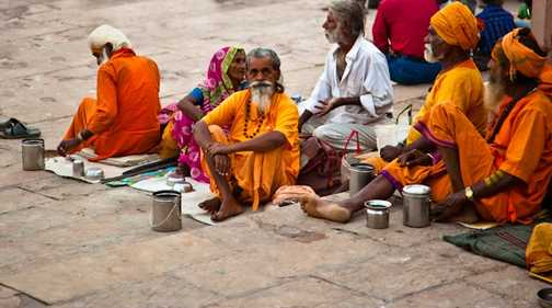 Ritual at sunrise, Varanasi