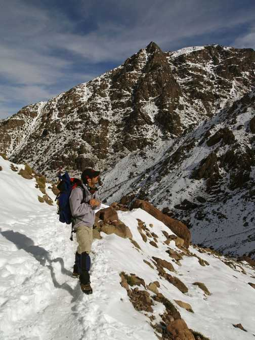 Guide Mohamed - Walk in to Toubkal