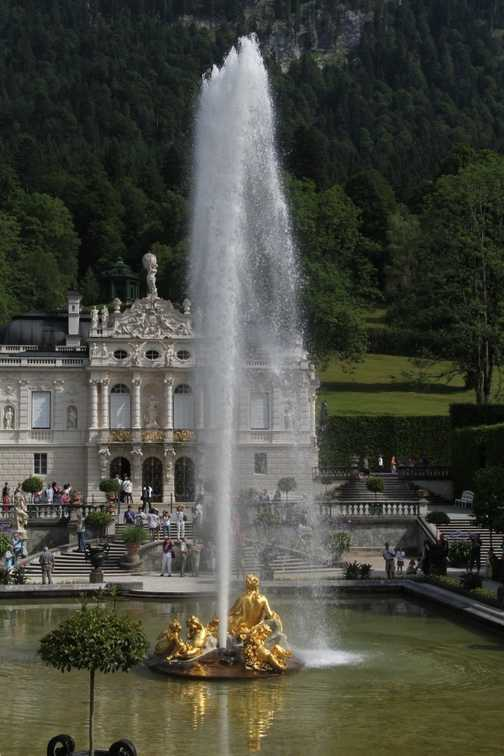 Fountain at Schloss Linderhof