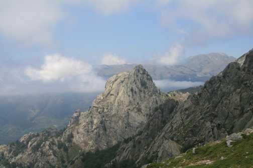 On the descent to Cozzano